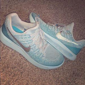 brand new, never worn Nike Lunarlons!
